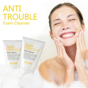 sua-rua-mat-cho-da-dau-va-da-mun-miky-dress-anti-trouble-foam-cleanser